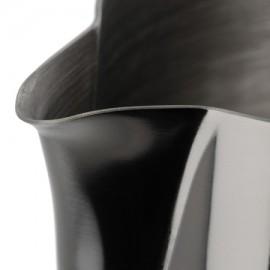 BARISTA HUSTLE MILK PITCHER BLACK METALLIC 0.6L